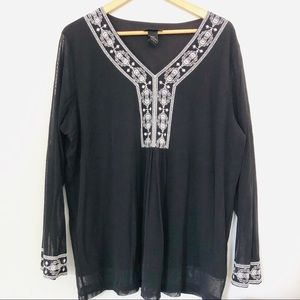 Lane Bryant Embroidered Black & White Top Blouse